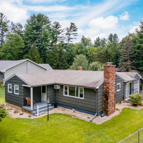 $299,900 -  Easthampton exterior photo