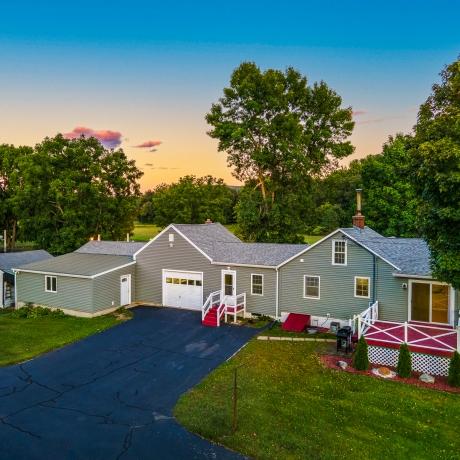 $479,000 -  Easthampton exterior photo