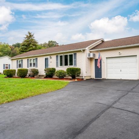 $359,900 -  Easthampton exterior photo